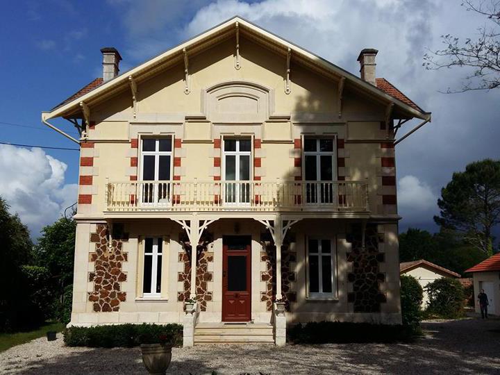 Ravalement des façadesd'une maison biganos